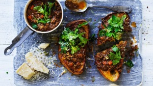 No, you don't have to eat this red wine mince every night of the week, but you can keep it interesting and make it ...