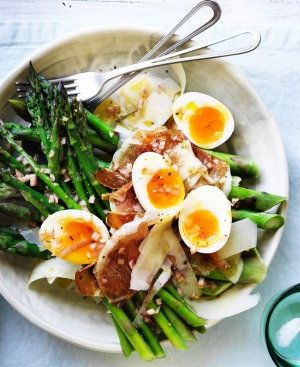 Boiled eggs are a great filler for the hungry.