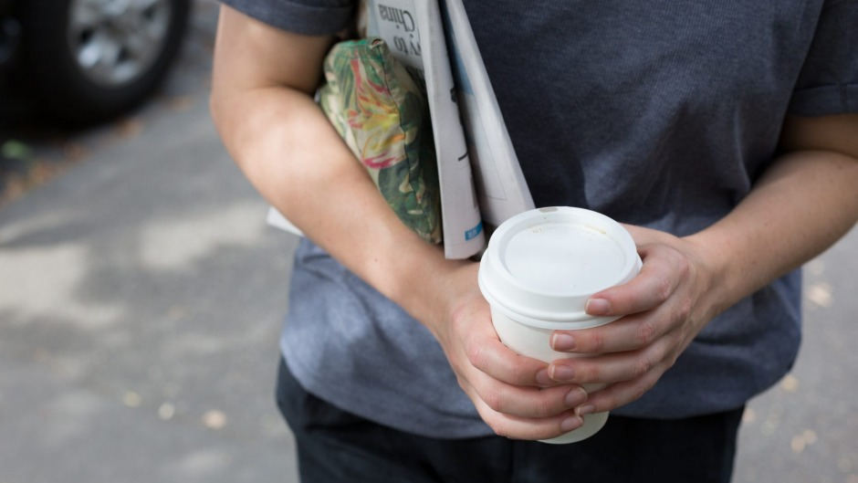 Using takeaway coffee cups is a bad habit.