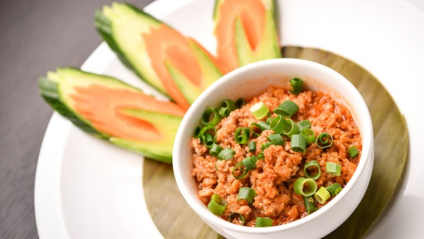 Spicy minced chicken dip: Thai larb meets bolognese.