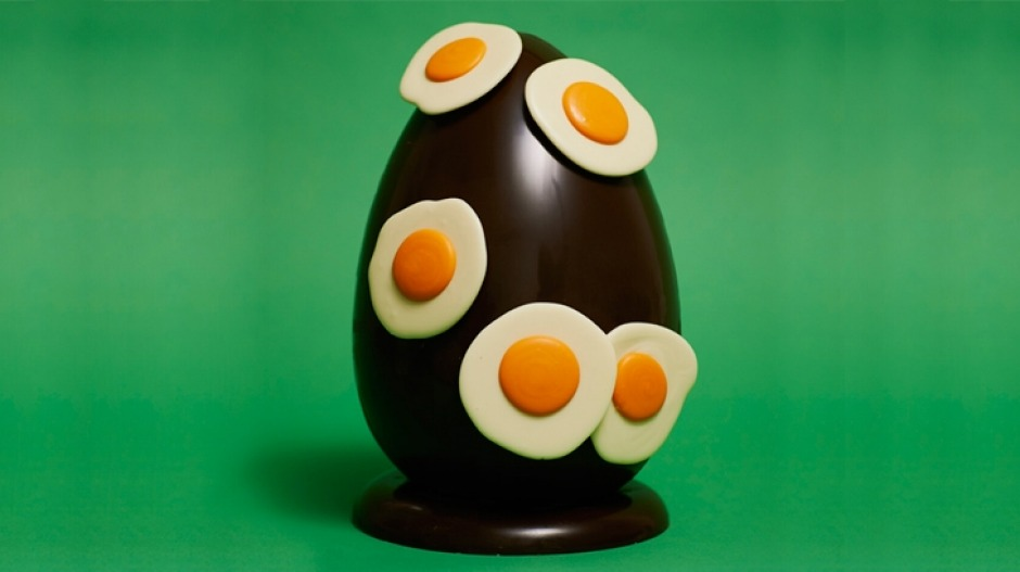 Kirsten Tibballs' fried egg chocolate Easter egg.