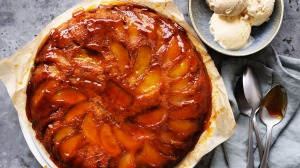 Tarte tatin meets upside-down cake.