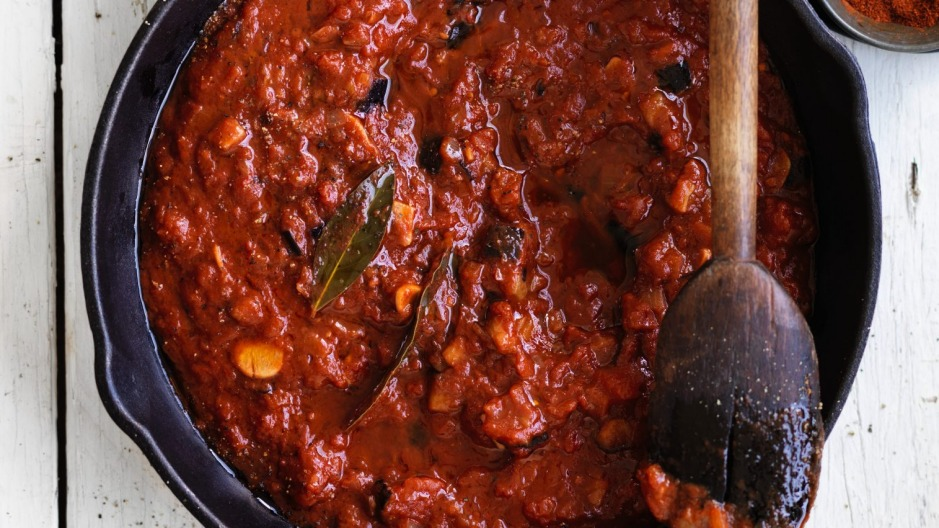 Add this rich sauce to your favourite pasta and dinner is done.