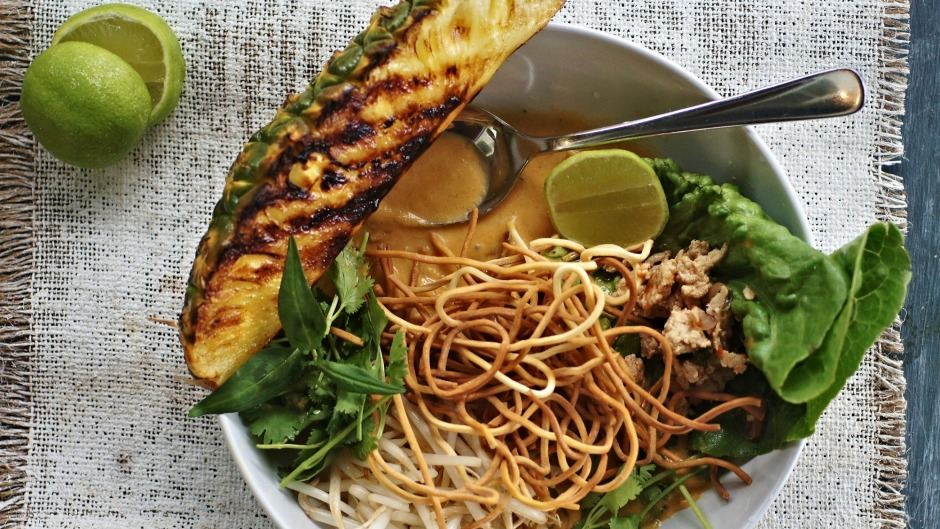 Thai times two: Larb meets khao soi.