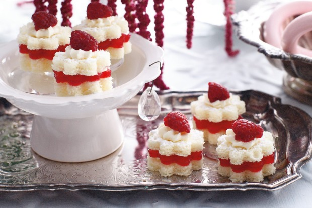 Trifle-ish mini sponges with a layer of raspberry jelly <a ...