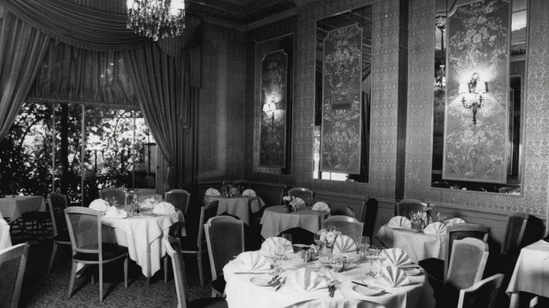 Le Trianon restaurant in Potts Point, in 1983.