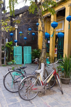 Bikes parked outside Hoi An's Doi Sach book exchange.