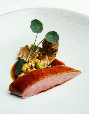 Duck breast with Jerusalem artichoke and barley.