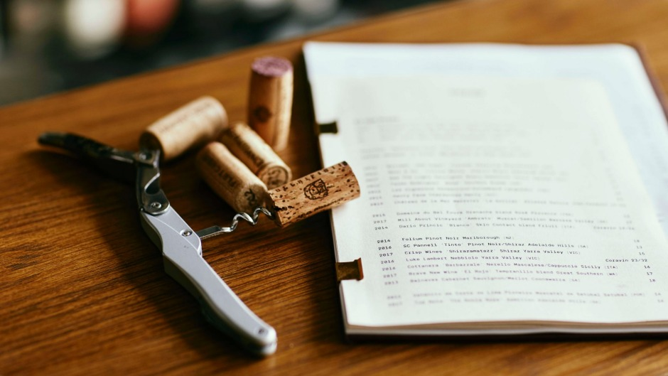 Standard wine list layouts put the lighter players first and the heavier contenders later.