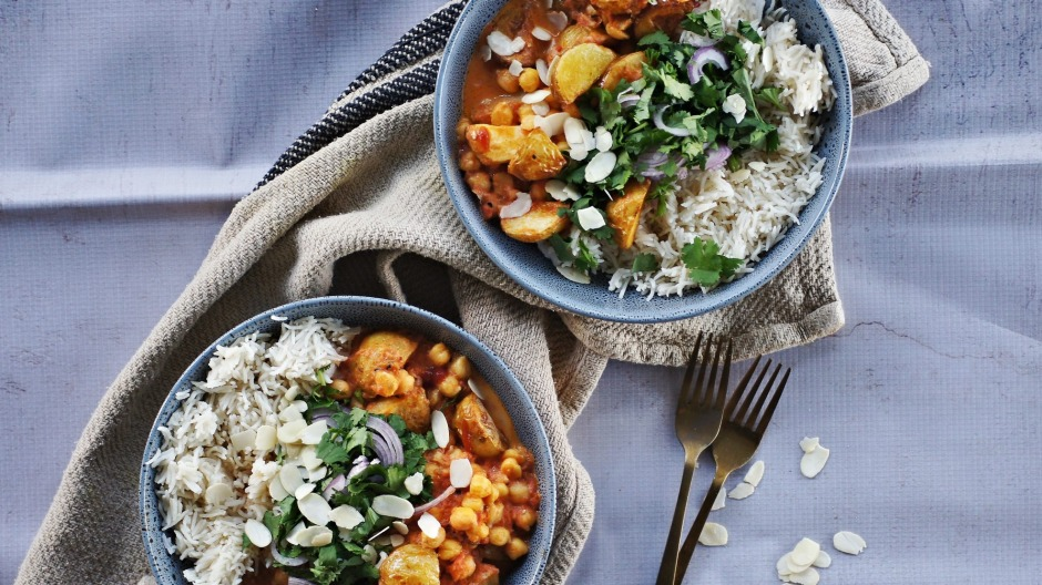 Roast potato and chickpea curry.