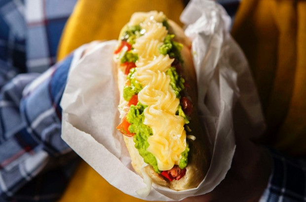 Hot dog at La Paula, Fairfield.