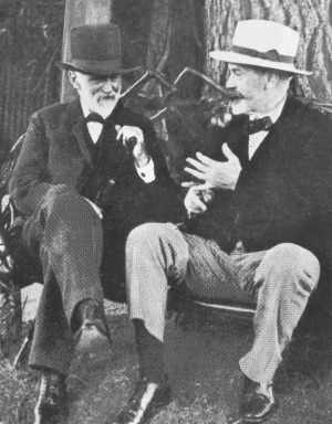 Alfred Felton, the 'ghost of the Espy', with W.S. Grimwade.