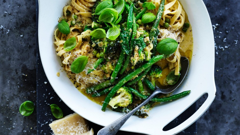 Green vegetable pasta primavera.