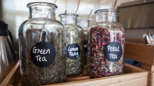 Loose-leaf tea can have less tannins, resulting in a smoother brew.