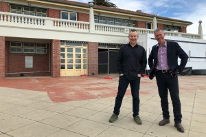 Nathan Toleman and Geelong mayor Bruce Harwood outside the heritage-listed Beach House, Geelong.