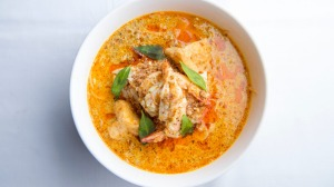 Temasek's prawn and chicken laksa Singapura.