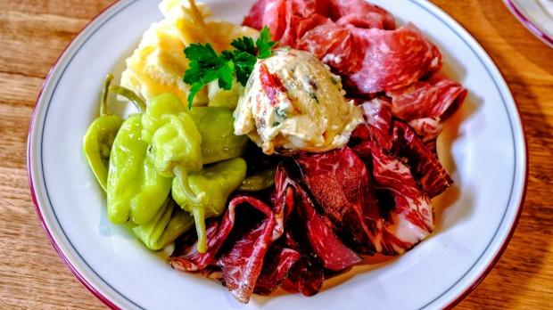 The 'blah-busting' salumi plate.