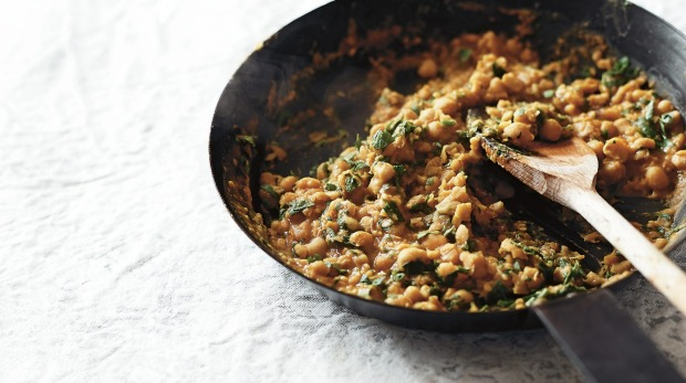 Scrambled chickpeas - from SuperNatural cookbook for use with extract only Photographer Julie Renouf