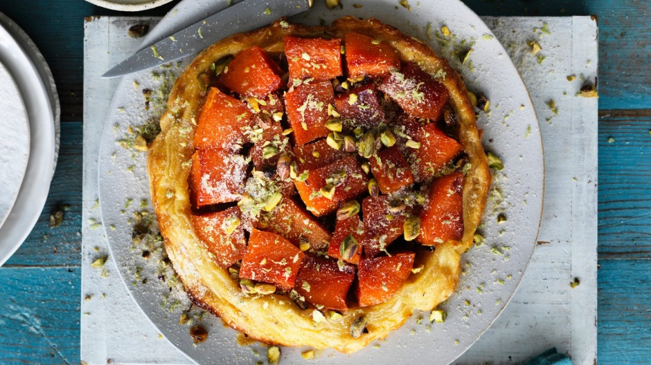 Sweet pumpkin tarte tatin with lime and pistachio