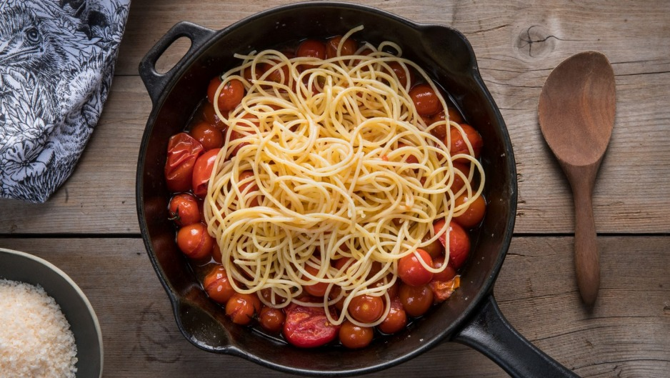 Lazy tomato spaghetti. Recipe by Dani Valent for story on camping food.