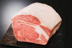 Itoham Cherry Blossom A5 marble score 12 wagyu beef from Japan.