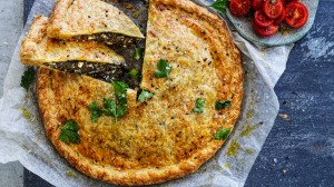Italian-style spinach and smoked bacon pie