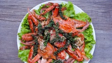 Champa Lodge's kampot pepper crab.