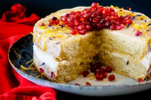 Vegan vanilla sponge cake with cream cheese frosting, maple and pomegranate recipe. Aquafaba recipes for Good Food ...