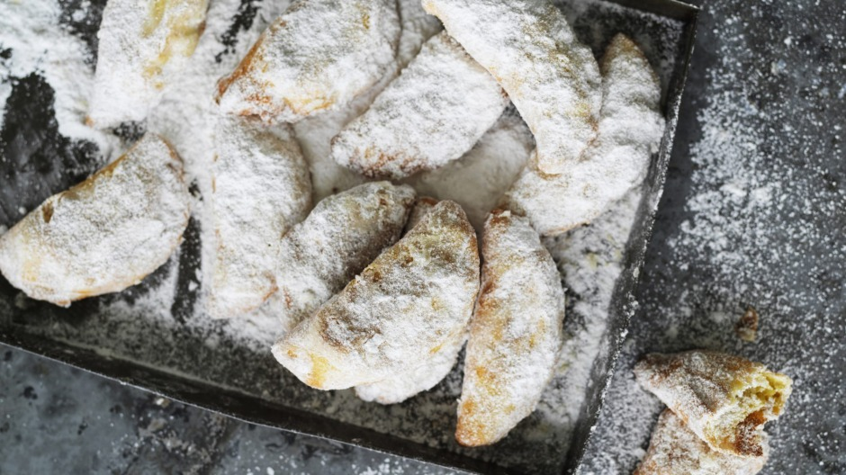 Ghotab - pastries made with yoghurt and filled with nuts and sugar, then fried.