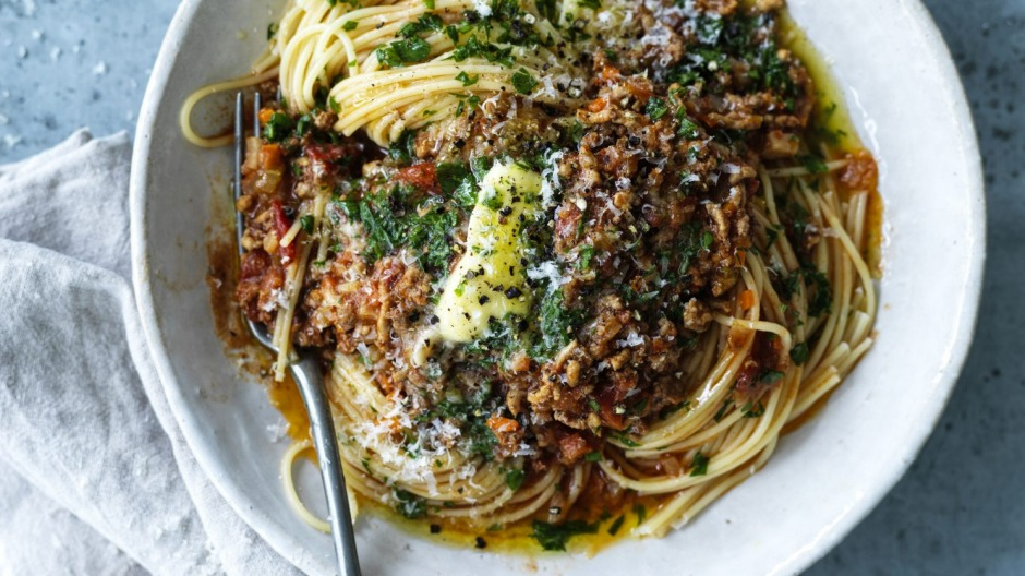 Making a batch of spaghetti bolognese isn't meal prep.