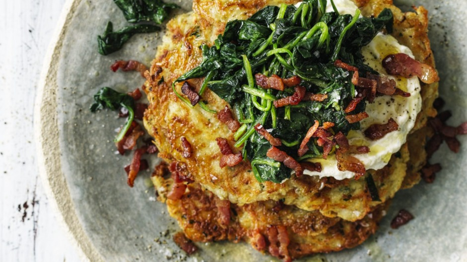 Potato roesti topped with spinach, blue cheese sour cream and bacon.