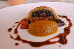 Brisket wellington is somewhere between beef wellington and French pithivier.
