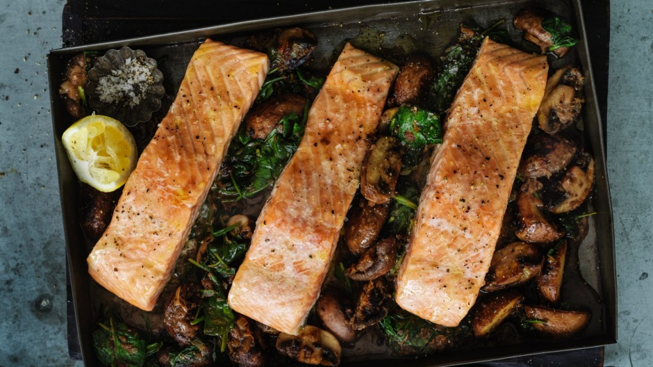 Speedy salmon on a bed of garlicky mushrooms and spinach.