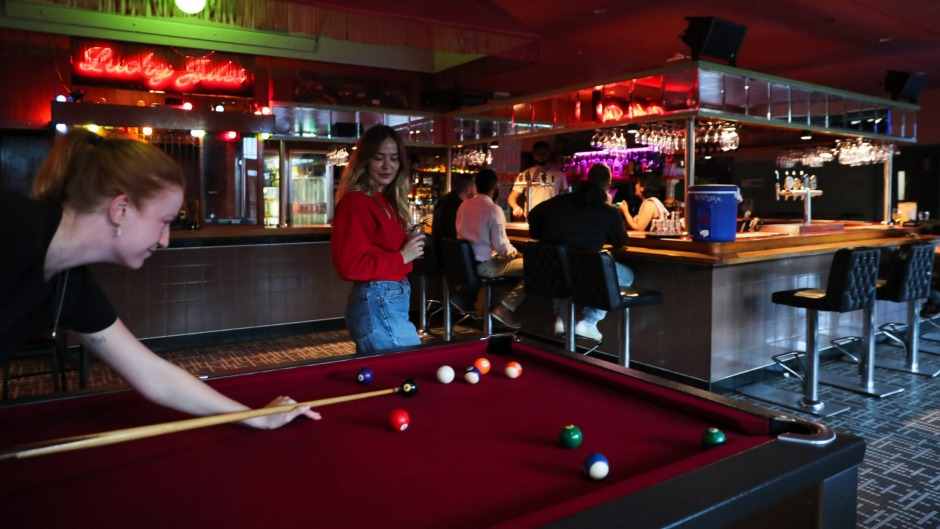 Free pool on Monday's at The George.