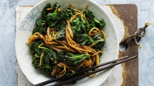 Stir-fried potato slivers with kale with ginger.