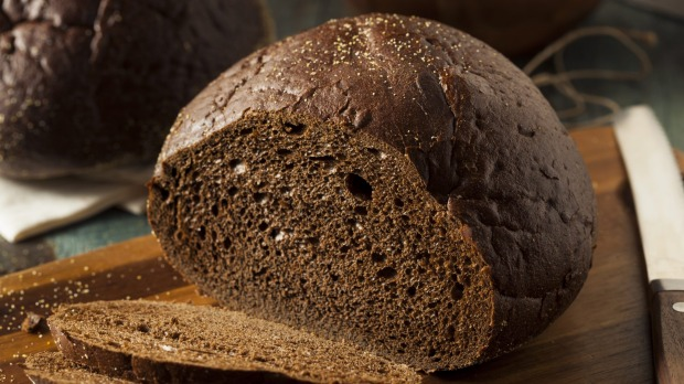 Dense breads such as pumpernickel or real sourdough are included in the Nordic diet.