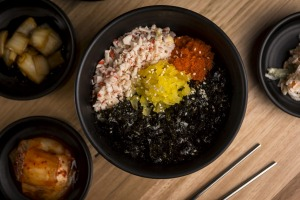 Hands-on: Make your own rice balls at Masizzim (pictured: the crab meat and fish roe combo).