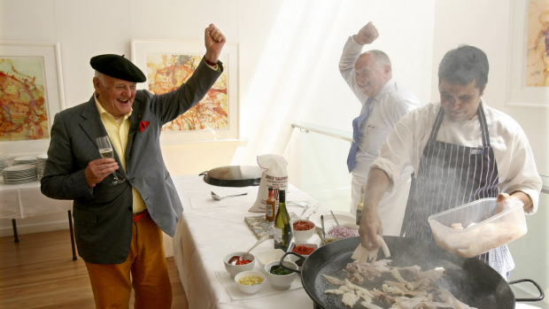 Australian artist John Olsen and Lucio Galletto in 2010.