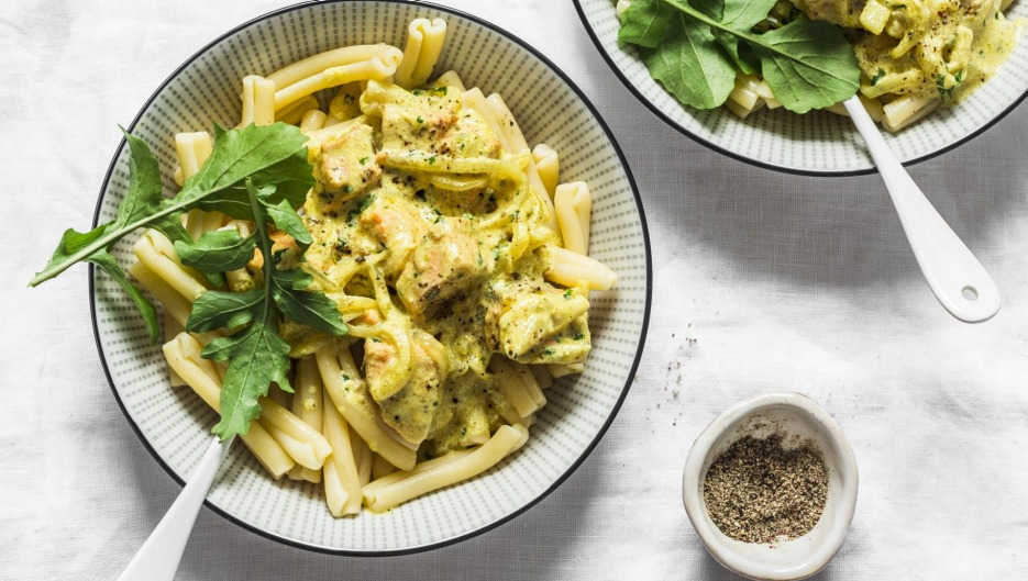 Curry sauces are fine with pasta, according to one Twitter user.