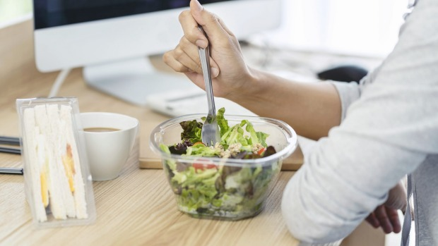 As people's work schedules and lives become busier, many Australians are choosing to work through lunch or eat in front ...