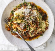 Adam Liaw recipe fifty-fifty bolognese,