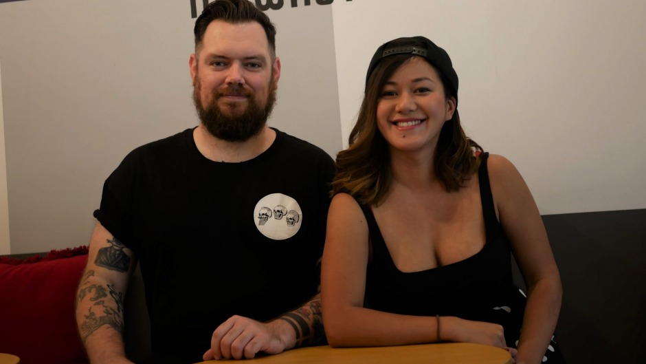 The co-founders of Hospothreads, siblings TJ Harrow and ChauTran.