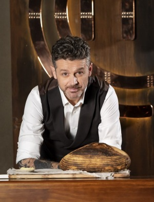 Jock Zonfrillo with his bread on the MasterChef set.
