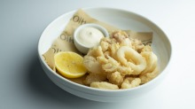 Calamari fritti: Deep-fried calamari with lemon mayonnaise.