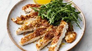 Jamie Oliver's crispy garlicky chicken with lemony rocket.