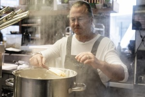 Chef and restaurateur Neil Perry has announced his retirement after 40 years in the kitchen.