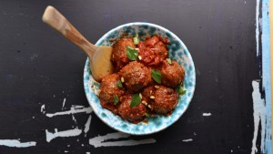 Hugely popular in Sicily: Sweet meatballs with almonds and cinnamon.