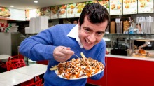 Senator Sam Dastyari on how to make a halal snack pack.