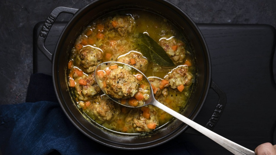 At first bite of this wonderful soup, the flavours of gundi are reminiscent of falafel.