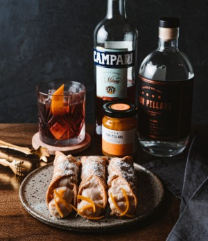 Negroni Cannoli by That's Amore and Four Pillars.